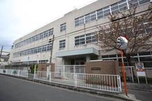 東大阪市立高井田小学校