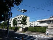 大阪市立汎愛高等学校